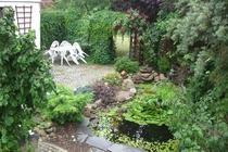 Ferienwohnung Spreewald Straupitz Gartenteich mit Sitzecke
