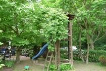 Ferienhaus Schwielowsee Ferch Spielplatz im Garten