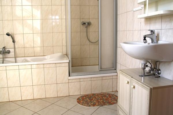 Ferienhaus Spreewald Golßen Gersdorf Bad mit Badewanne